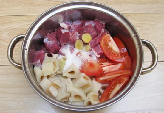 Cách nấu thịt bò hầm hạt sen