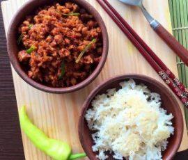 Thịt băm rang chua cay mặn ngọt hấp dẫn đưa cơm