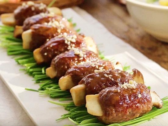 Thịt bò băm bọc nấm hấp dẫn
