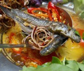 Lẩu cá kèo nấu lá giang đơn giản mà hấp dẫn