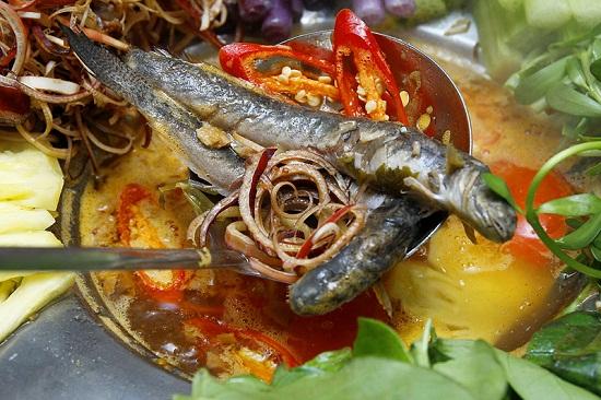 Món lẩu cá kèo lá giang hấp dẫn: