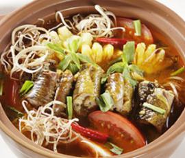 Lẩu lươn hoa chuối - chua ngọt khó quên