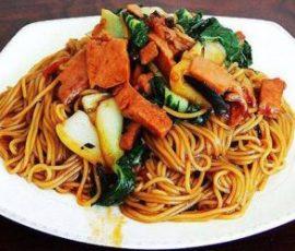 Mỳ xào Trung Hoa đơn giản mà cực ngon bạn đã biết chưa?