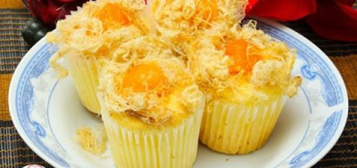 Bánhbông lan trứng muối chà bông hấp dẫn