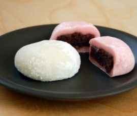 Bánh Mochi nhân đậu đỏ ngon chuẩn vị Nhật Bản