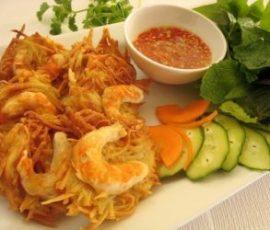 Bánh tôm Hồ Tây món ăn ngon của Hà Nội