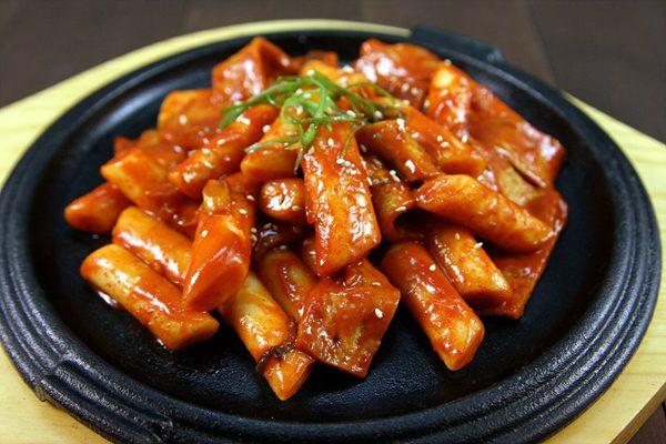 Bánh gạo Hàn Quốc cay