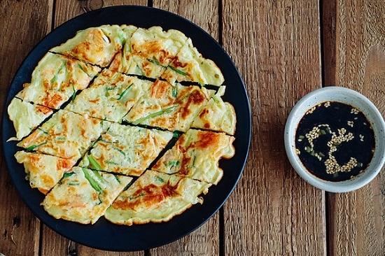 Bánh xèo hải sản mang hương vị Hàn Quốc