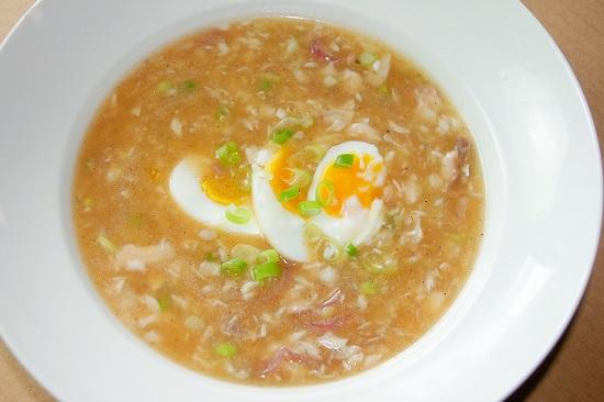 Món súp cá ngon và hấp dẫn.