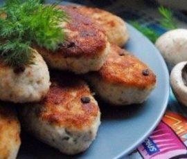 Bánh khoai tây nhồi nấm cho thực đơn ngày chay