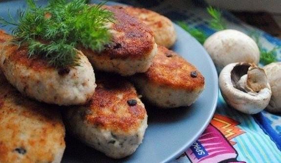 Bánh khoai tây nhồi nấm