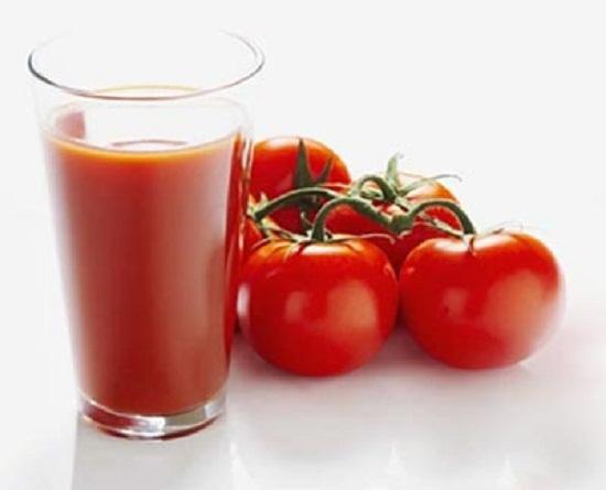 Giải rượu với  nước ép cà chua