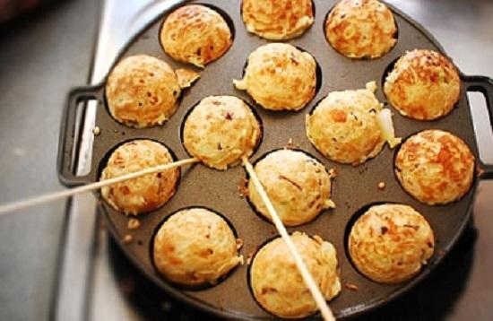 Nướng bánh cho vàng đều