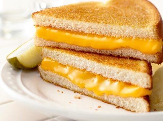 Bánh mỳ kẹp phô mai giòn thơm béo ngậy