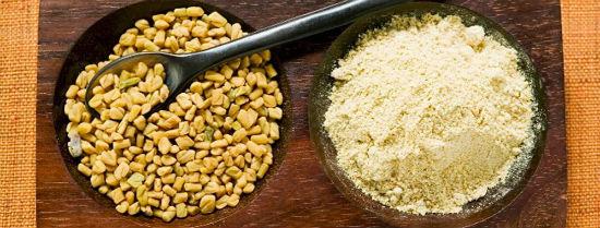 Methi rang vàng tán thành bột