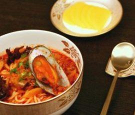 Mì hải sản cay Hàn Quốc ngon tại nhà