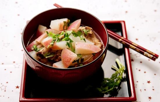 Món củ cải hầm xương lợn