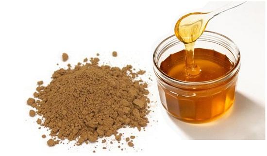 Mật ong trộn bột linh chi xay nhuyễn