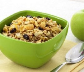 Ngũ cốc trái cây thơm ngon dinh dưỡng cho bé