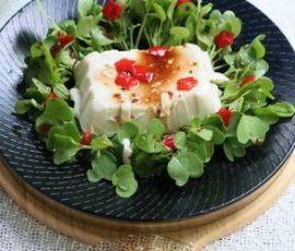 Salad đậu hũ và rau cải non thanh đạm
