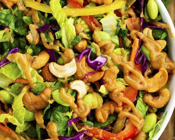 Trộn cùng salad