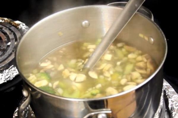 Nấu món súp chay