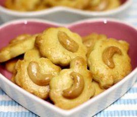 Bánh hạt điều món bánh đặc sản Bình Phước