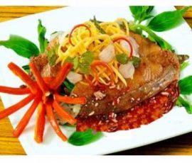 Món cá thu chiên nghệ hấp dẫn và bắt mắt