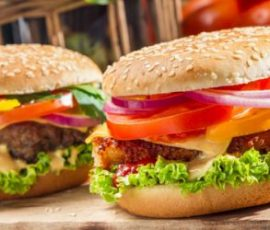 Món bánh hamburger chay thanh đạm tốt cho sức khỏe