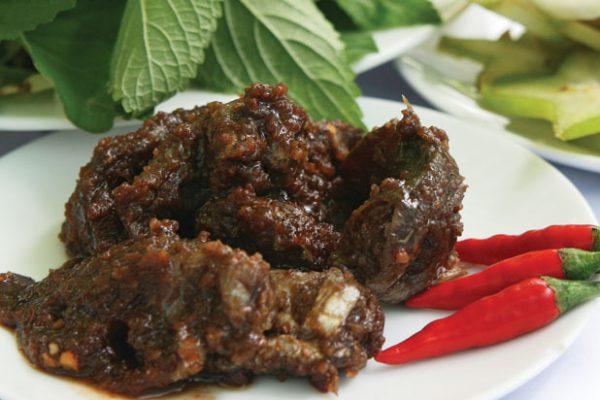 Mắm chua Vĩnh Hưng món đặc sản Bạc Liêu