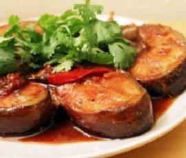 Món cá thu biển kho ngon chuẩn vị Nam Bộ