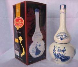Rượu làng Vân xã Vân Hà mang thương hiệu nổi tiếng