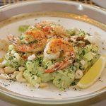 Món Salad hải sản ngon mê ly ai cũng thích