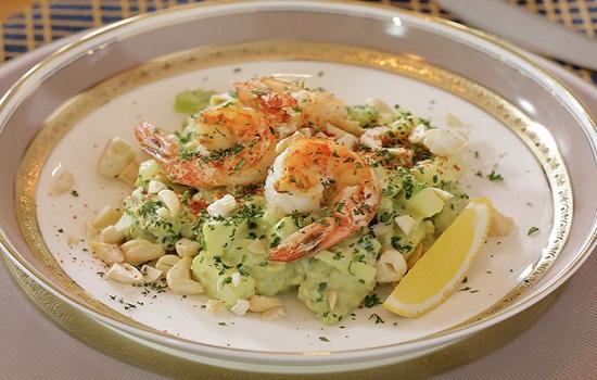 Món Salad hải sản ngon mê ly