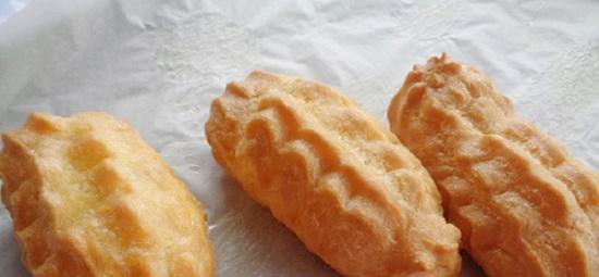 Chiên bánh khi bánh có màu nâu