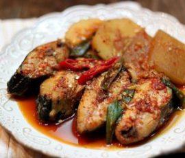 Cá thu kho củ cải kiểu Hàn ngon chuẩn vị tại nhà