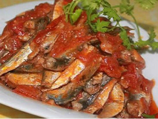 Cá trích sốt cà chua ngon bổ dưỡng