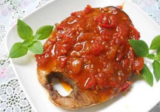 Cá ngừ sốt cà chua đậm đà mà ngon tuyệt