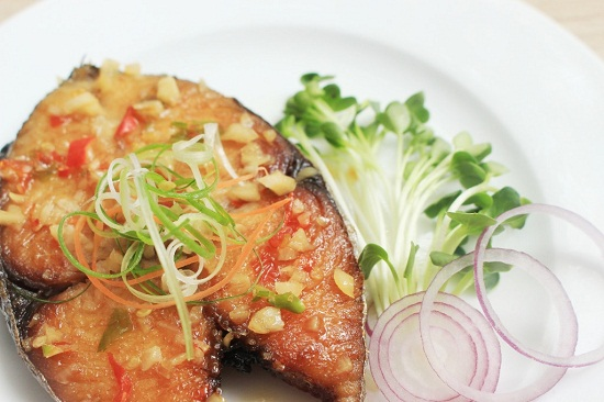 Cá thu sốt cay lạ miệng ngon cơm