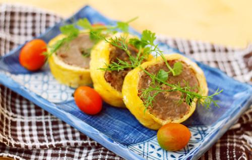Trứng cuộn thịt bò độc đáo và đẹp mắt