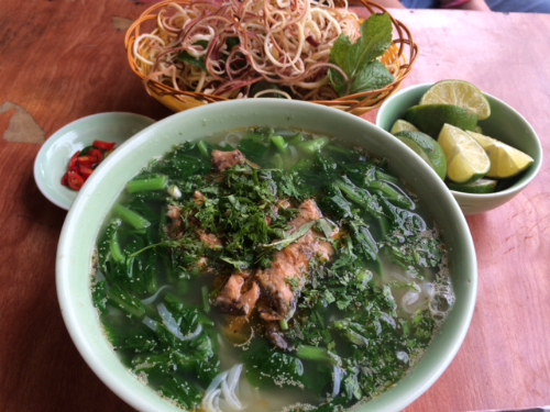 Thưởng thức canh cá - Món đặc sản của Thái Bình