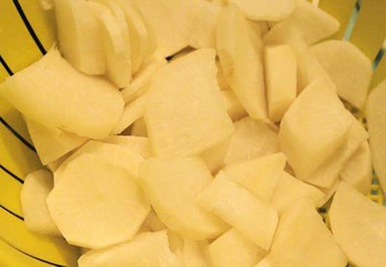 Củ cải trắng thái lát mỏng vừa ăn