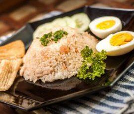 Cơm chiên kiểu Indonesia cực mới lạ