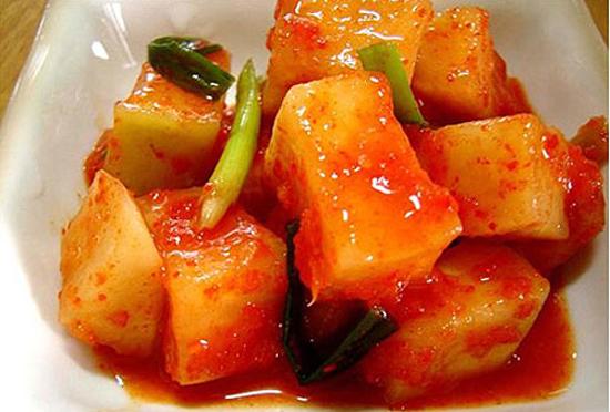 Món kim chi củ cải