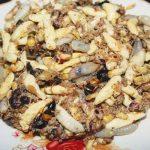 Ong rừng xáo măng chua món đặc sản của Mai Châu Hòa Bình