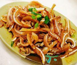 Món tai heo dạ dày om nước cốt dừa ngon hấp dẫn