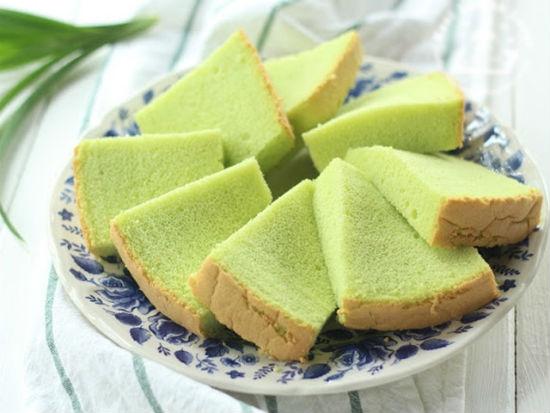 Món bánh chiffon lá dứa thơm mềm