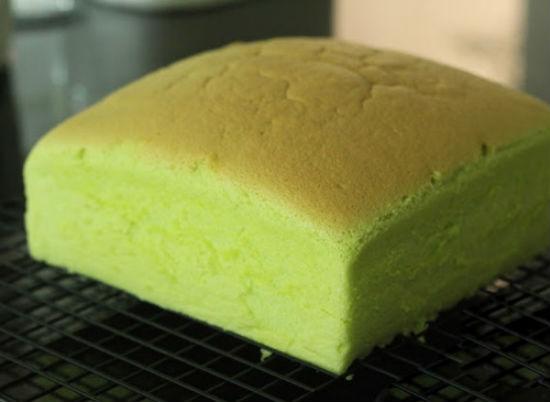 Bánh nướng chín lấy ra để nguội
