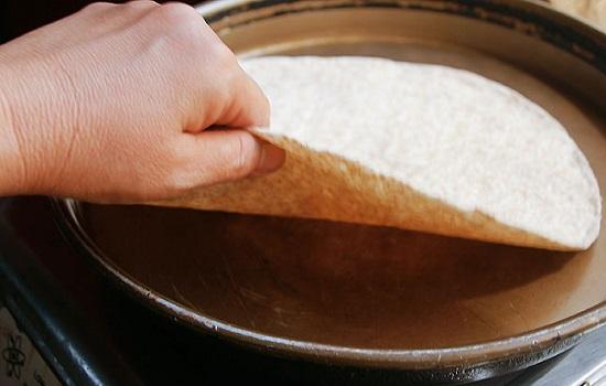 Làm nóng vỏ bánh ngô