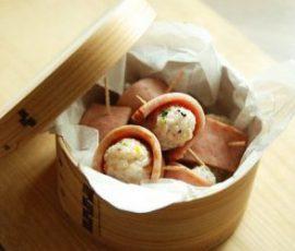 Món cơm nắm cuộn jambon đơn giản tiện lợi